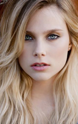 Rate argentine model valentina zenere for Valentina immagini